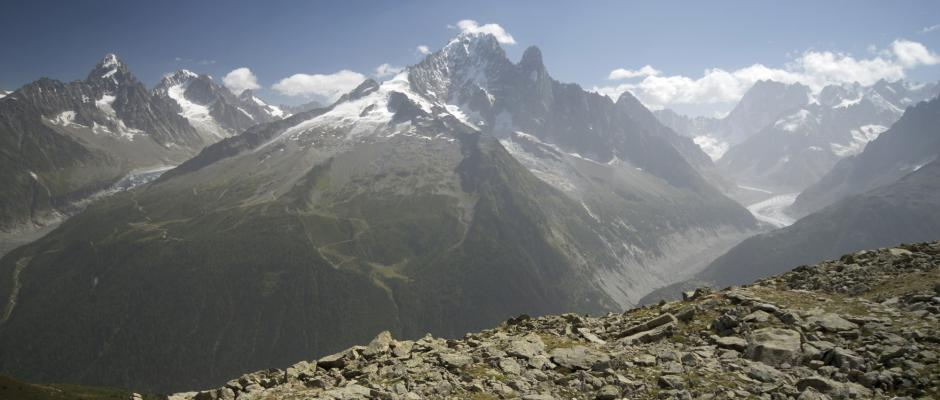 Ascension du Mont-Blanc : cinq des six alpinistes disparus retrouvés morts