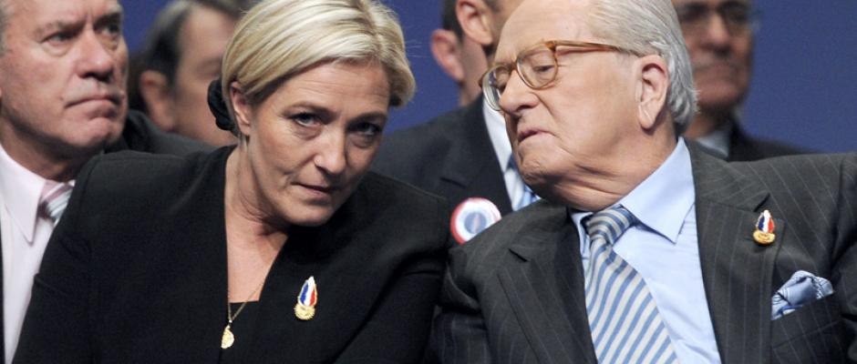 Front national : Jean-Marie Le Pen menace sa fille, Marine